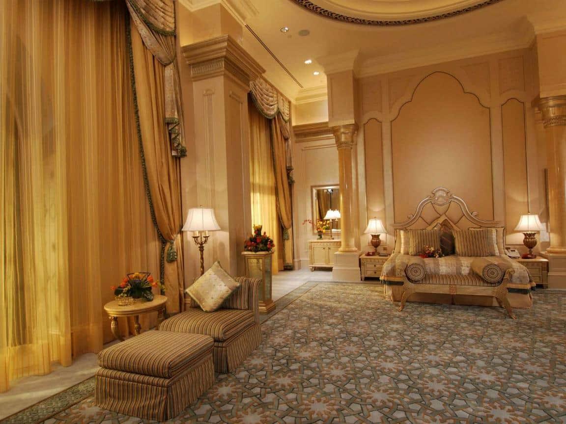 Emirates Palace Hotel 11