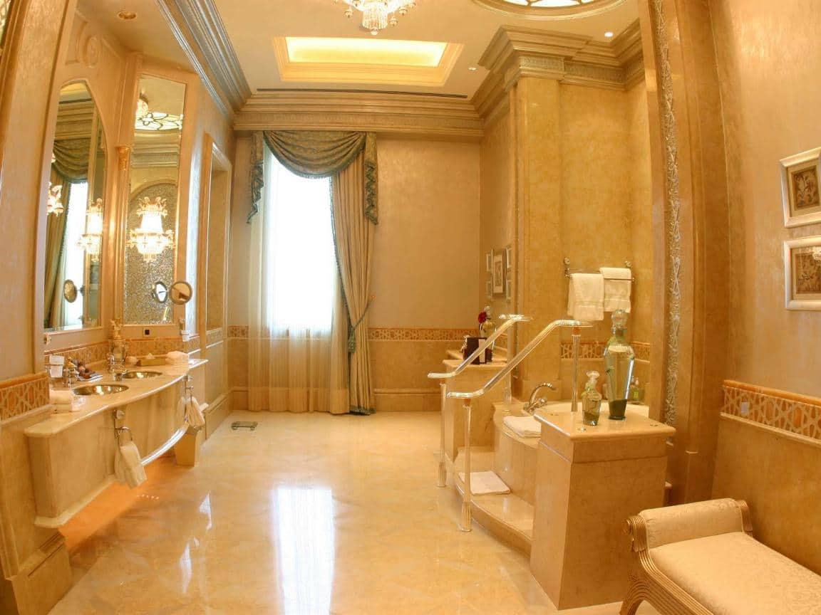 Emirates Palace Hotel 21
