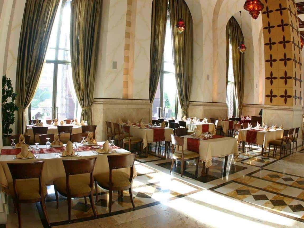 Emirates Palace Hotel 38