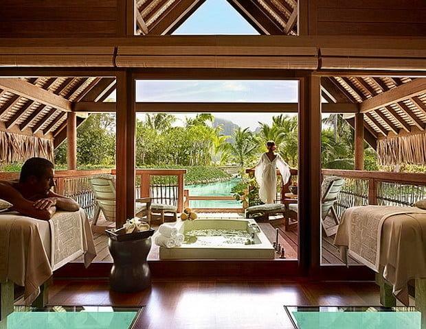 Four Seasons Bora Bora 11