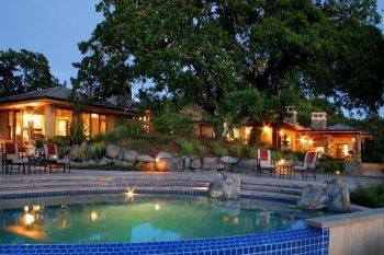 Whispering Oaks Estate