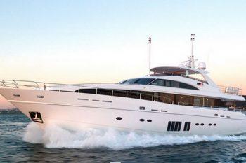 LVMH Princess Yachts 32M 1