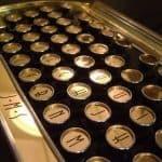 New Yorker Art Deco Keyboard 5