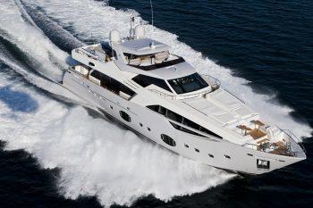 Ferretti Custom Line 100 Superyacht 1