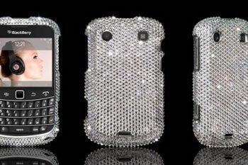 Crystal Rocked BlackBerry Bold 9900 Swarovski case 1