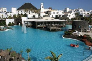 Hotel Volcán Lanzarote 1