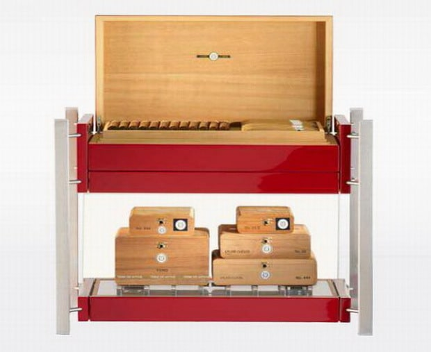 The Laura Chavin Cigar Humidor Keeps Your Cigars In Style