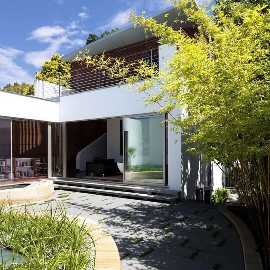 Luxury villa by Luigi Rosselli 2