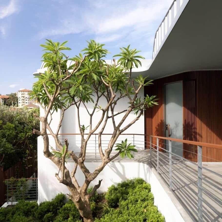 Luxury villa by Luigi Rosselli 3
