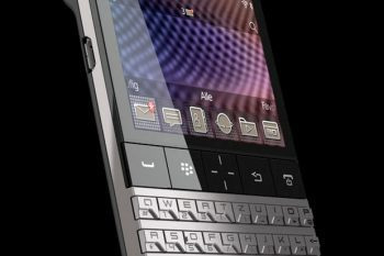 Porsche Design x BlackBerry P 9981 Smartphone 1