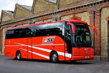 Scuderia Ferrari Bus 1