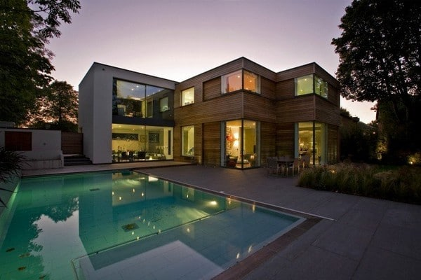 Luxury Home in London: The Millbrae Residence