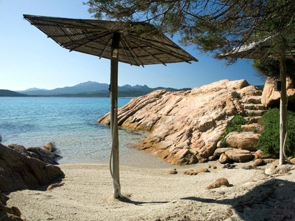 A Fantastic Villa With Private Beach In La Celvia Italy