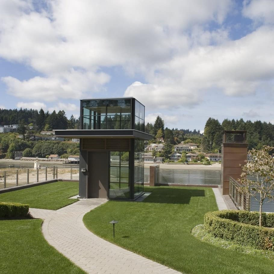 Cliff House in Gig Harbor 6
