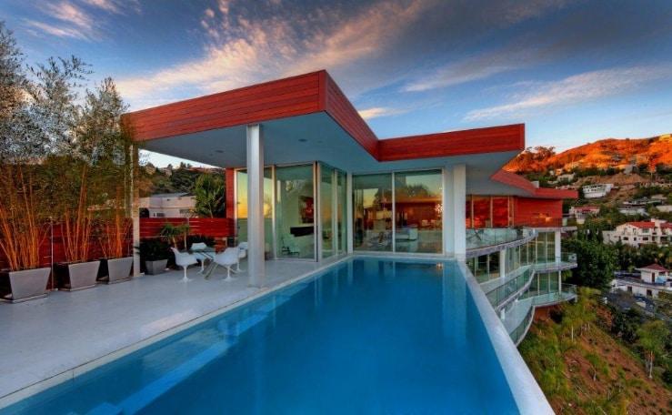 Exquisite Estate in Los Angeles 1