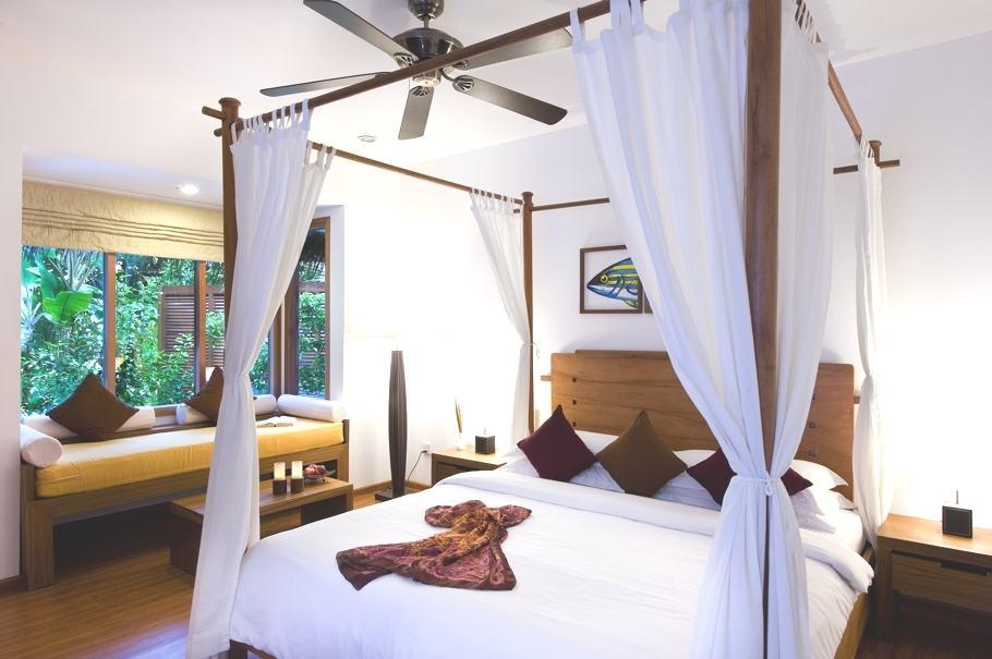 Kuramathi Island Resort Maldives 14