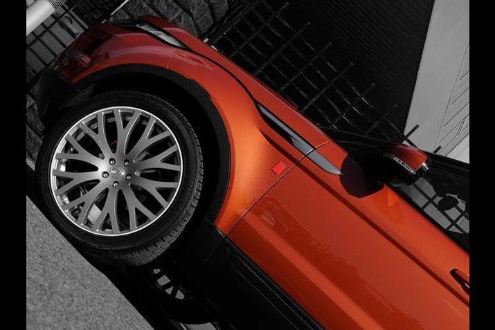 Kahn Design Range Rover Evoque 3