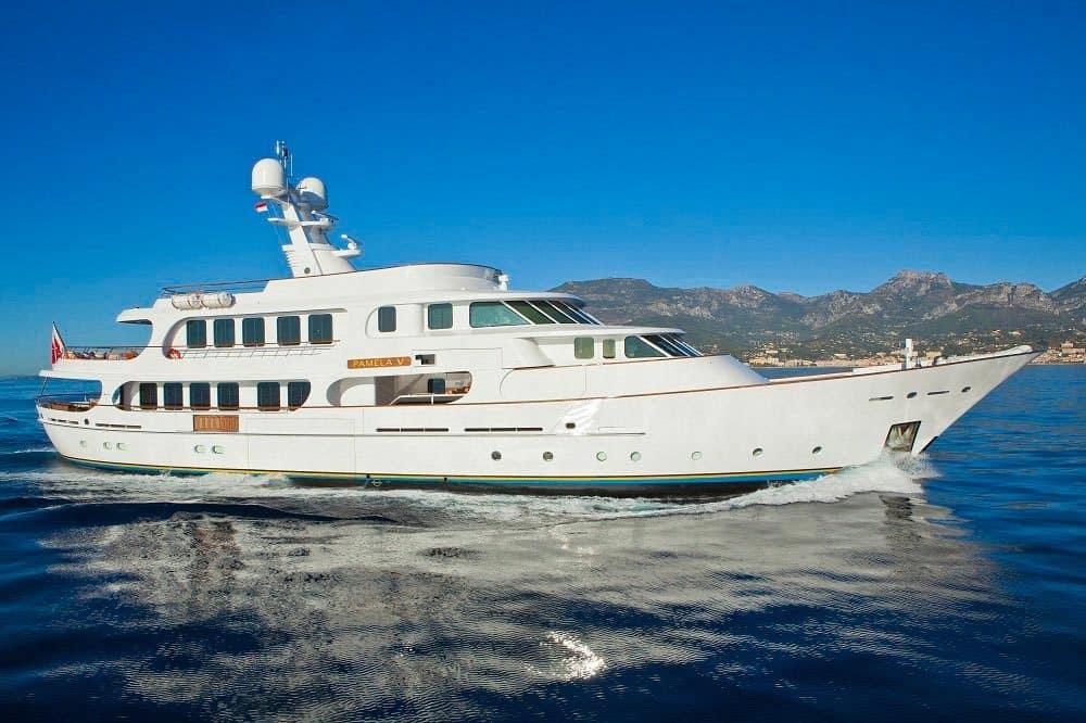 Pamela V Yacht 1
