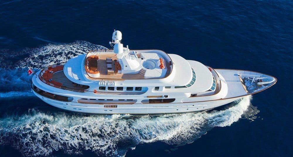 Pamela V Yacht 7