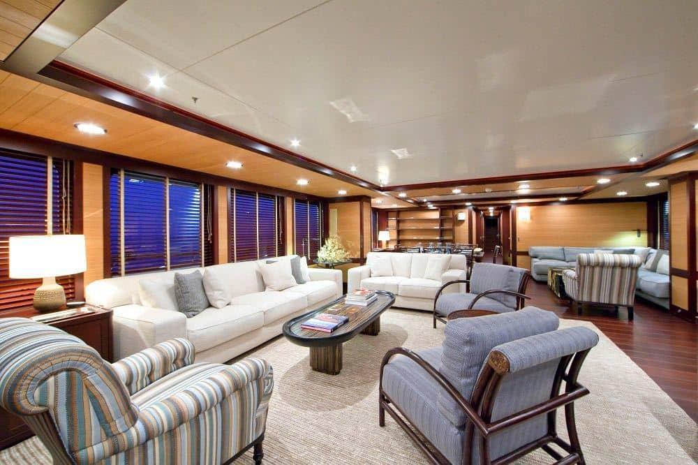Pamela V Yacht 9