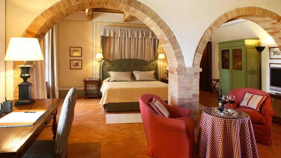 Castello Banfi Il Borgo 10