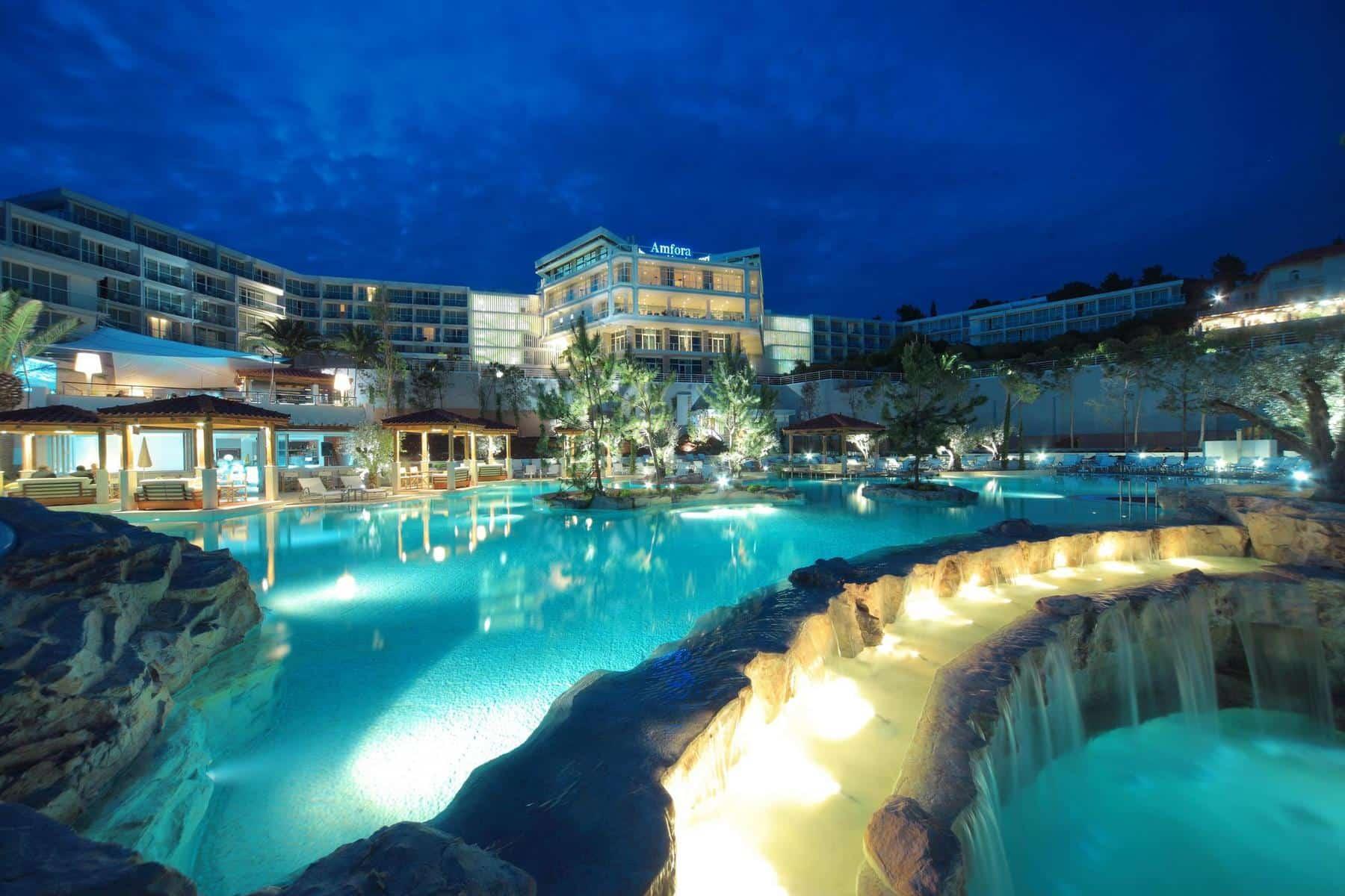 Amfora, Hvar grand beach resort 4