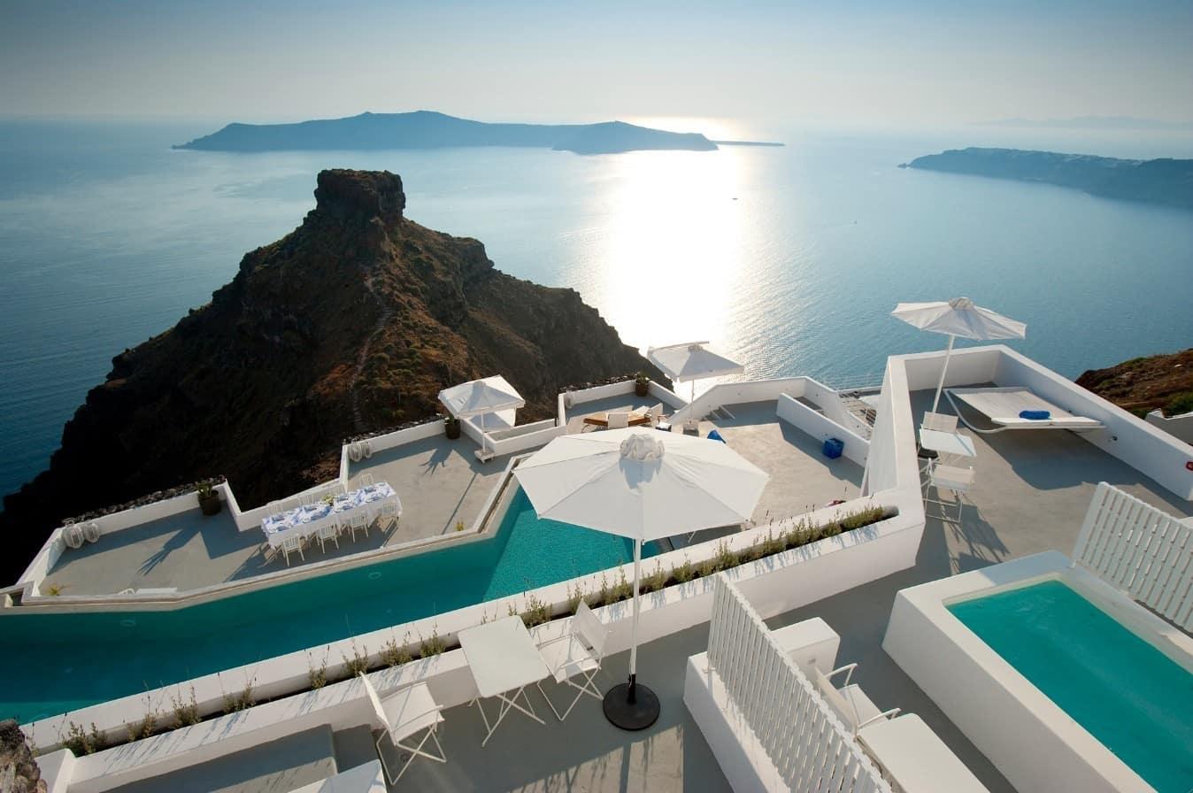 The Wonderful Grace Hotel In Santorini Greece