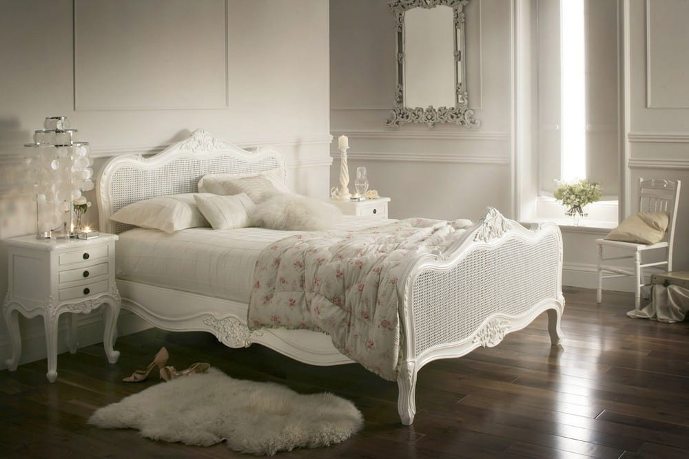 How To Create A Stylish Bedroom With Luxury Bed
