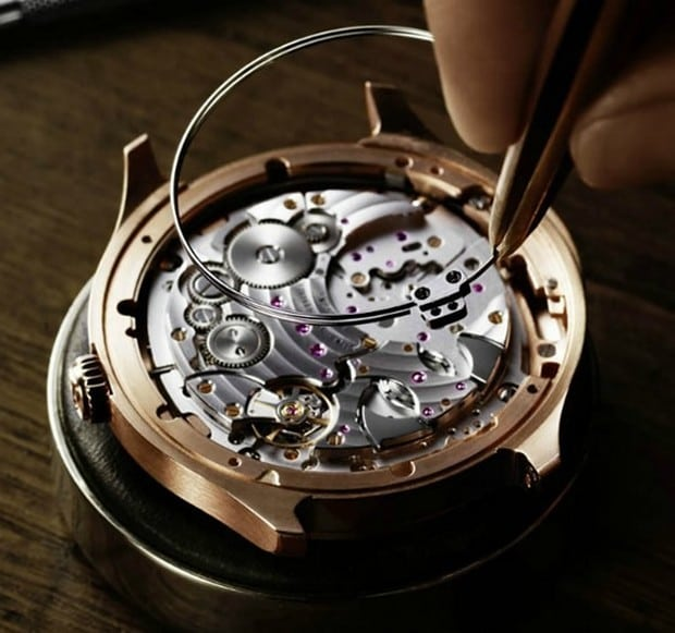 Piaget Emperador Coussin XL Ultra-Thin Minute Repeater 3