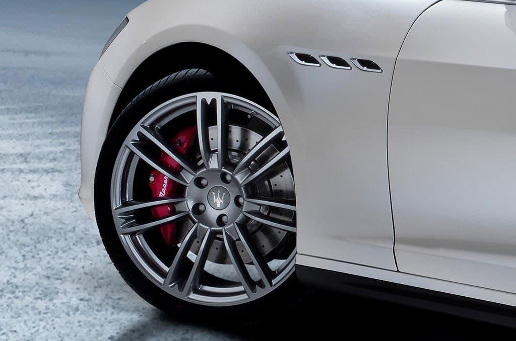Maserati Ghibli 08