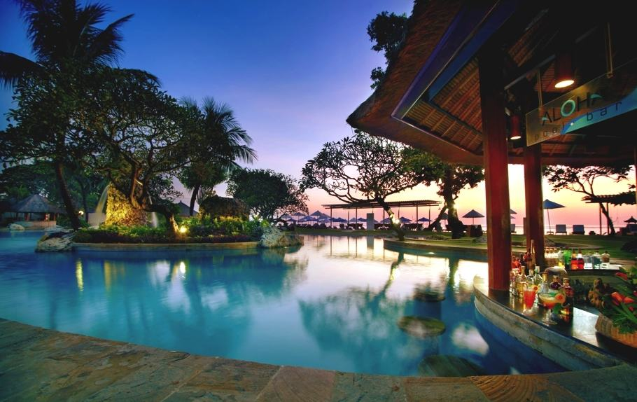 Aston bali beach resort and spa for Best beach hotels in bali