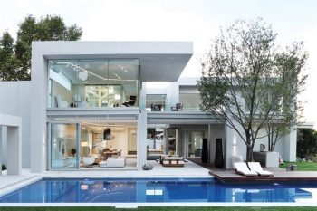 Contemporary residence in Johannesburg 01