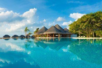 Dusit Thani Maldives 01