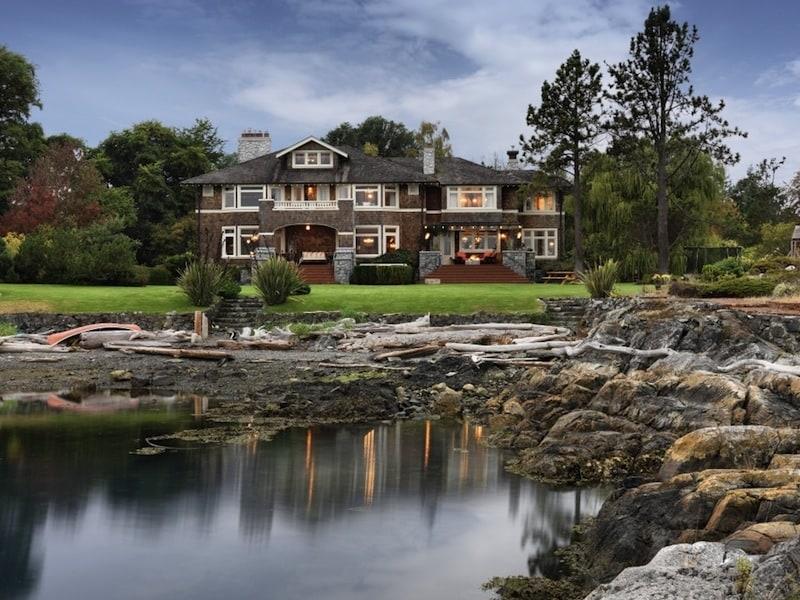 Magnificent estate in victoria british columbia for Home builders victoria