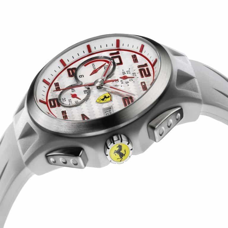 Сколько стоят оригинальные часы феррари