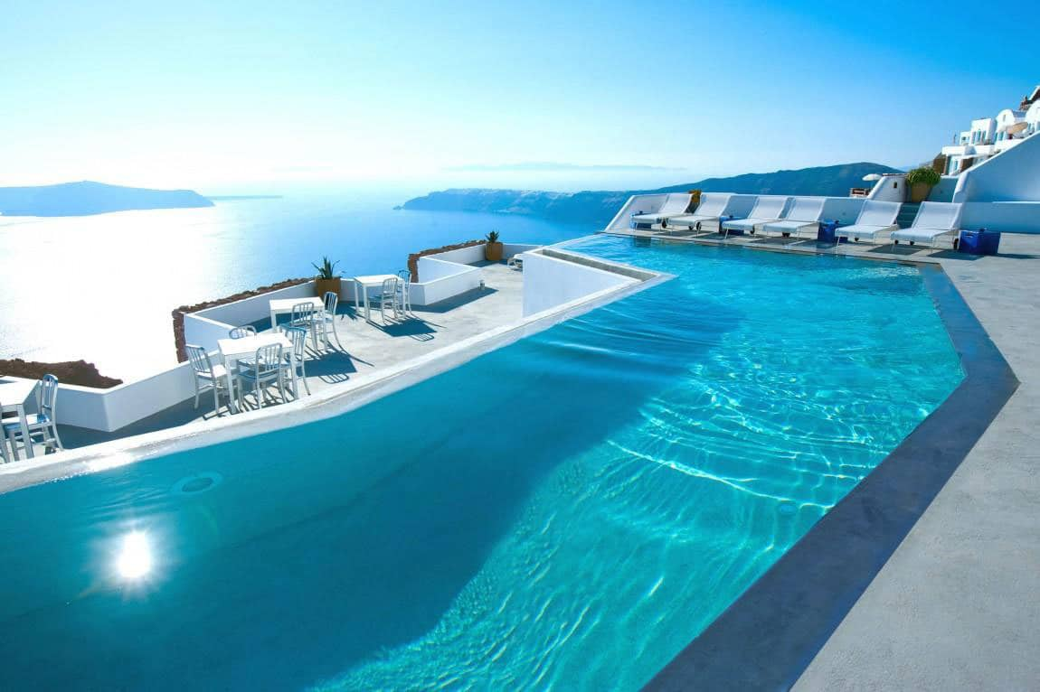 If You Haven T Yet Heard Of Katikies Hotels Re Losing The Beauty Greece It S A Line Fantastic Boutique In Santorini Oia