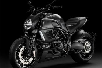 Ducati Diavel Dark  1