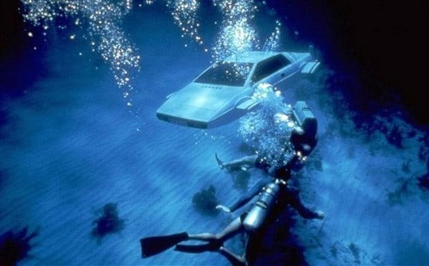 Lotus Esprit Submersible 2