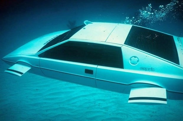 Lotus Esprit Submersible 4