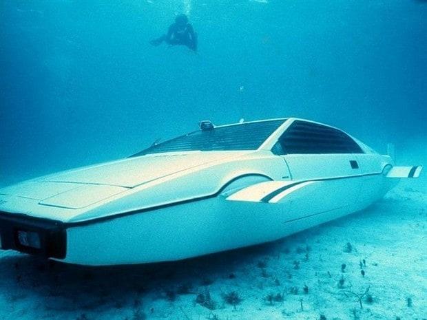 Lotus Esprit Submersible 5