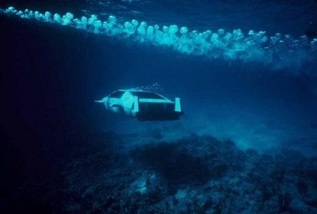 Lotus Esprit Submersible 6