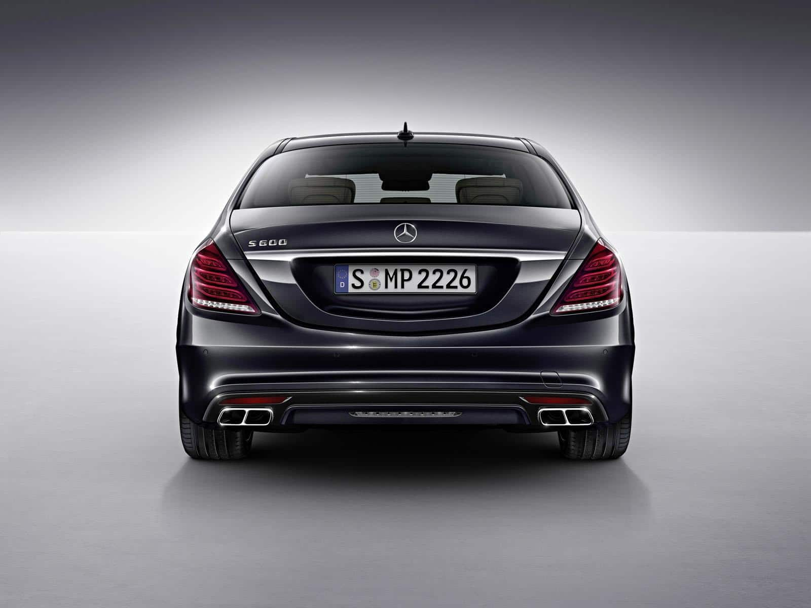 The new 2015 Mercedes S600