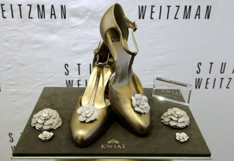 Stuart Weitzman Retro Rose Pumps