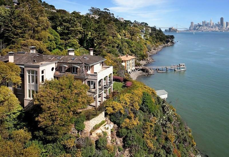 Waterfront Mansion With Wonderful View of the San ...