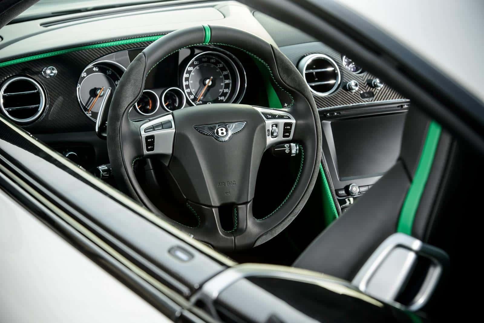 Bentley-Continental-GT3-R 10