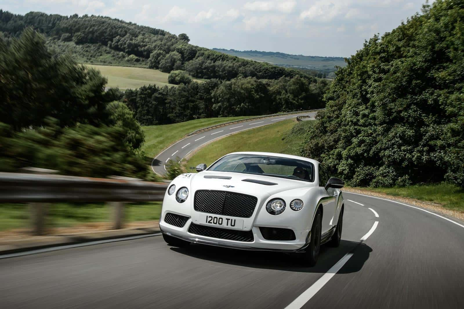 Bentley-Continental-GT3-R 3