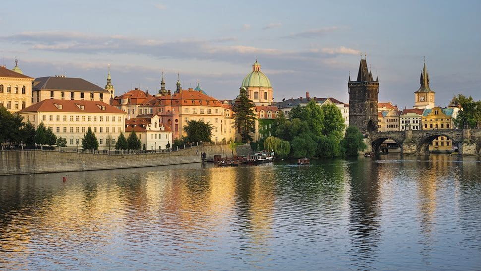 The four seasons hotel in prague s charming old town for Hotels in prague old town