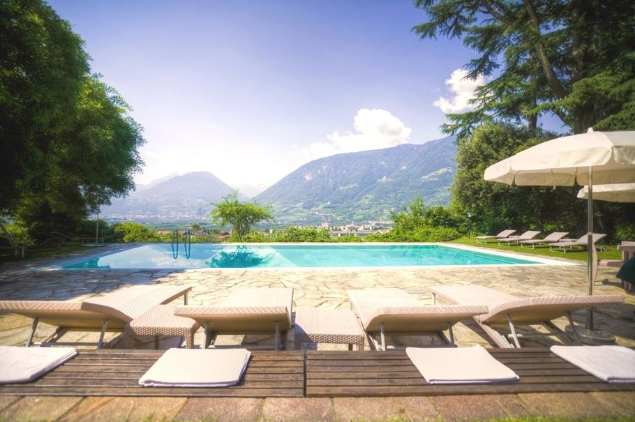 Villa Eden is a Health and Beauty Resort Truly Worthy of Its Name