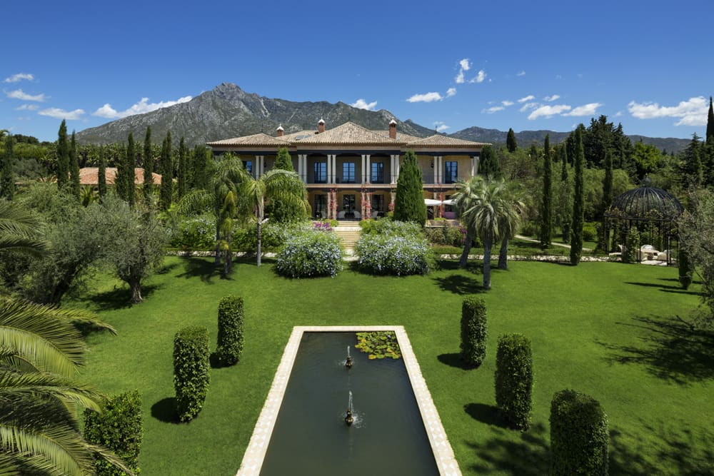 Magnificent marbella mansion listed for 22 million - Luxury homes marbella ...