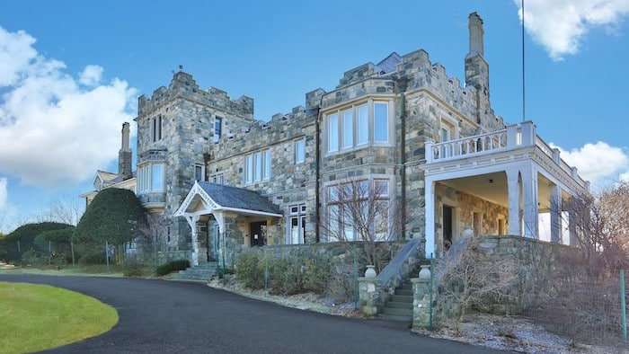 Hundred-Year-Old Stone Mansion in New York State Listed ...